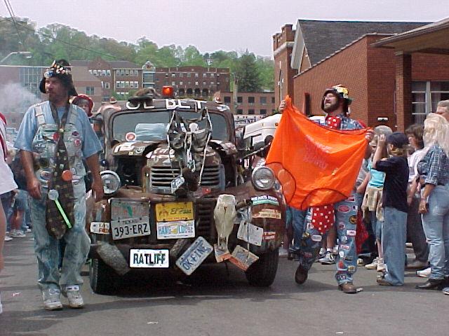 Hillbilly Days Parade (Image source: http://www.hillbillydays.com)