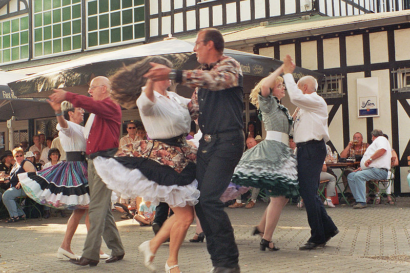 Square Dancing (Photo uncredited, Image source)