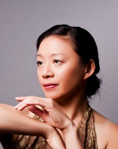 Roberta Wong, Photo © Larry Gindhart