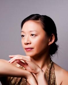 Roberta Wong, Photo © Larry Gindhart