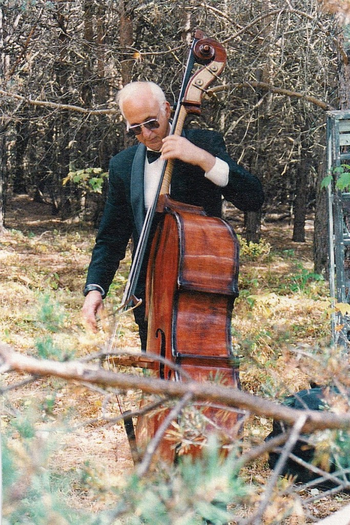 Jeffrey Levine on Double Bass (Photo courtesy of Jeffrey Levine Music)